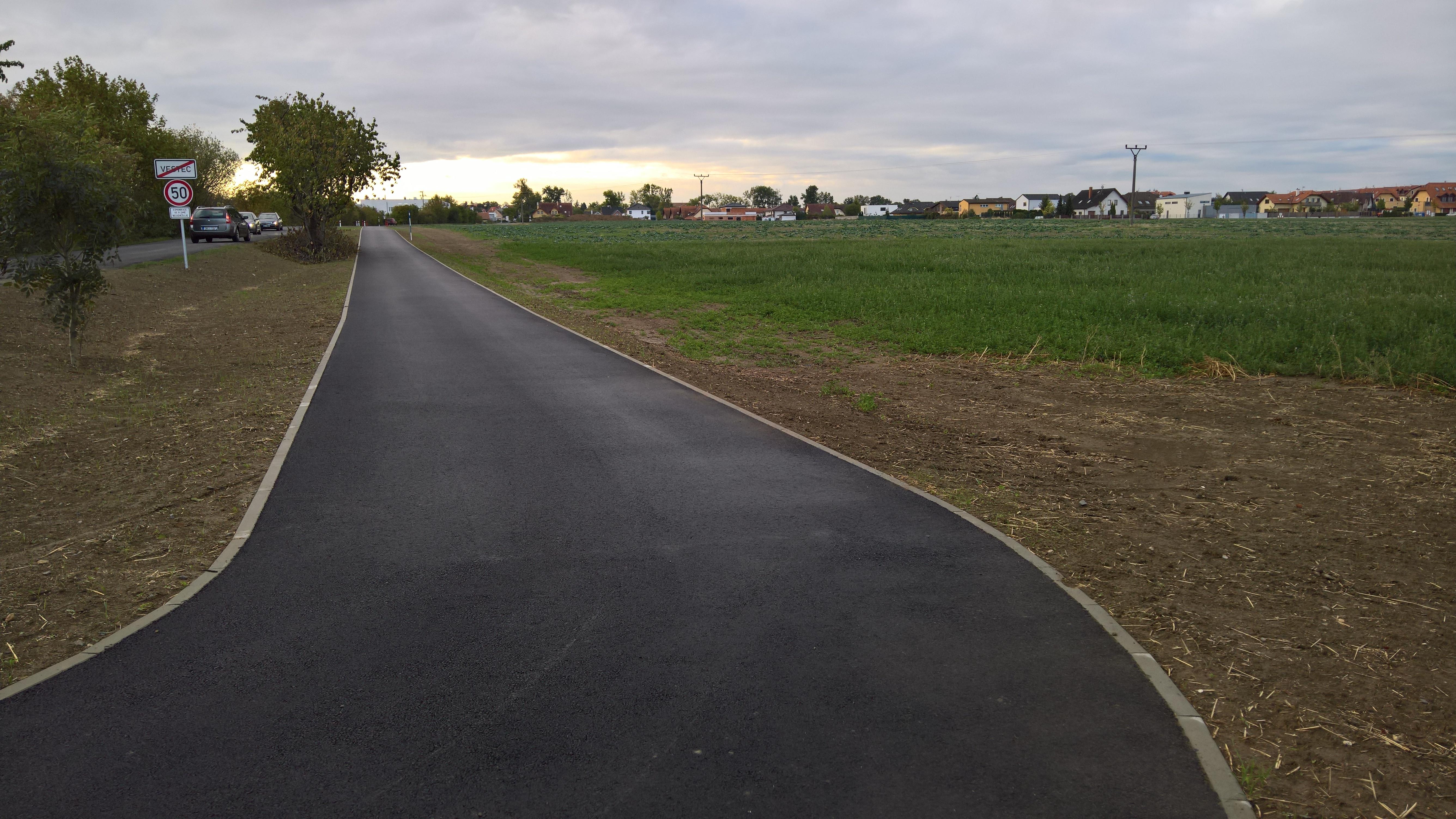 Cyklostezka Vestec-Jesenice
